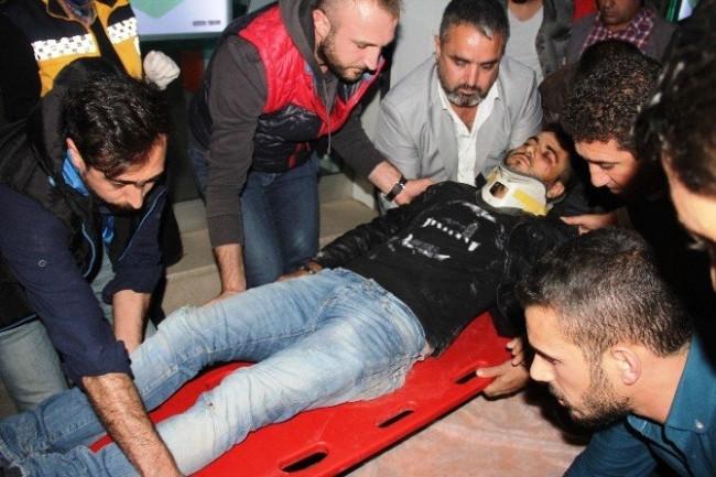 Taksi yayaların arasına daldı: 6 yaralı