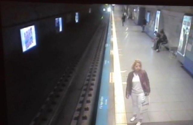 İntihar eden kadının çantasından tahlil evrakları çıktı