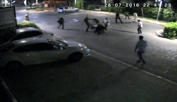 Taksicilerin kavgasında silahlar konuştu