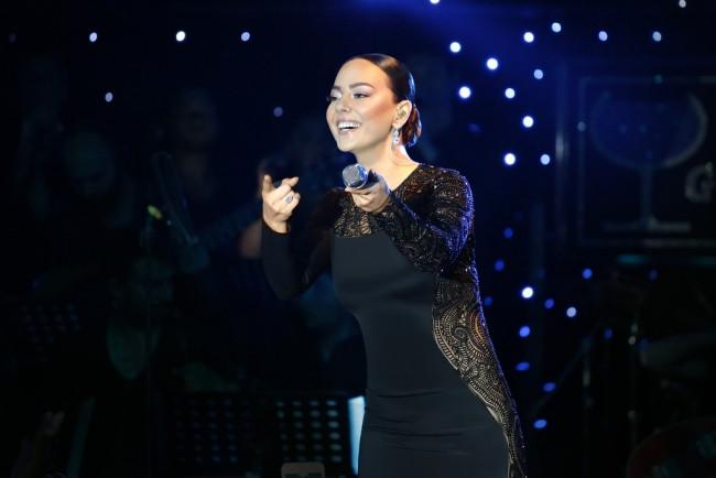 Demet Akalın: Ebru Gündeş beni çok ağlattı, gözyaşlarım onun için