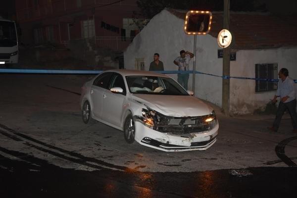 Askeri personel araç kaza yaptı: 5 yaralı