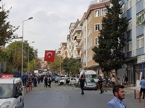 İstanbul'da karakol yakınlarında patlama