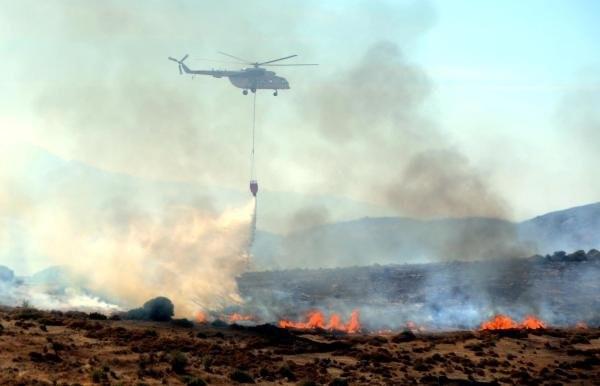 Bodrum'da makilik alan alev alev yandı