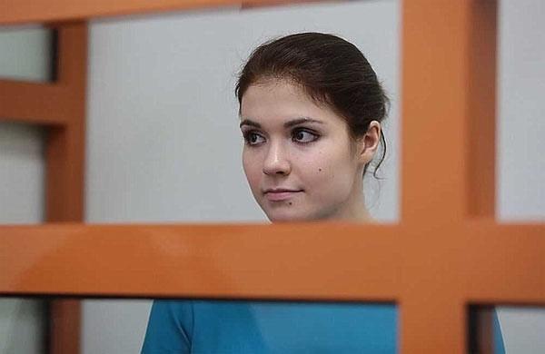 Türkiye'de yakalanan Rus kızından iç çamaşırlı savunma