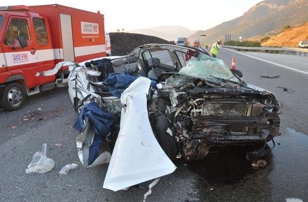 Evlenecek olan çifti kaza ayırdı