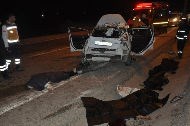 Bursa'da trafik kazası 4 can aldı