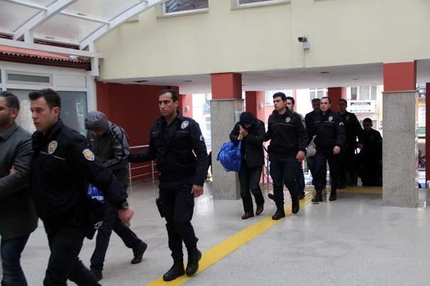 Bylock gözaltıları devam ediyor !