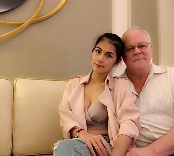 70 yaşındaki milyonerle evlenen porno yıldızından tartışılan sözler