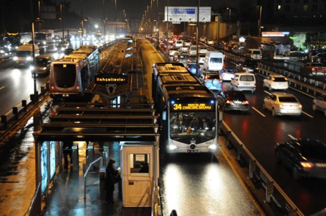 Uzman yolculardan ''metrobüs'' taktikleri
