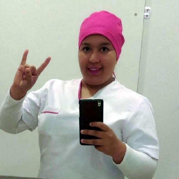 Hemşire kıyafeti giyip 4 hastanede çalıştı