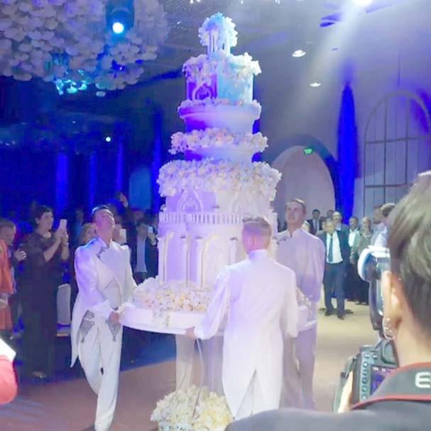Dünya bu düğünü konuşuyor
