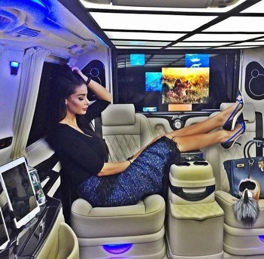 Instagram'ın zengin Azeri çocukları