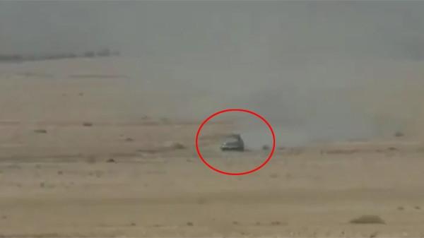 IŞİD'in bomba yüklü aracı vuruldu !