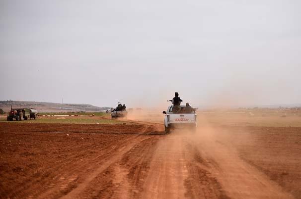 7 bin sivil evlerinden sürüldü