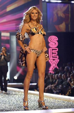 Victoria Secret en iyi modellerini seçti