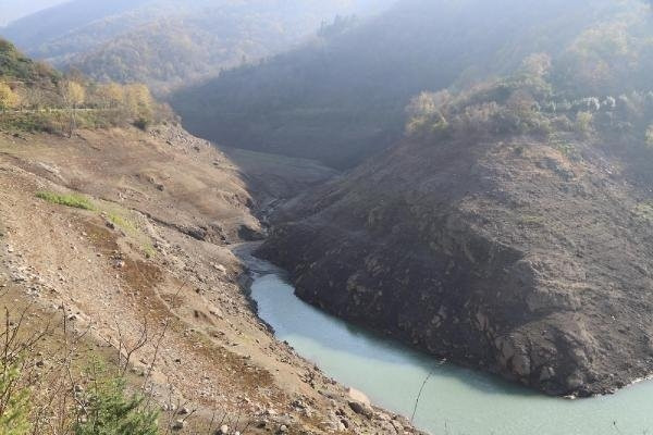 Su seviyesi kritik noktalara düştü
