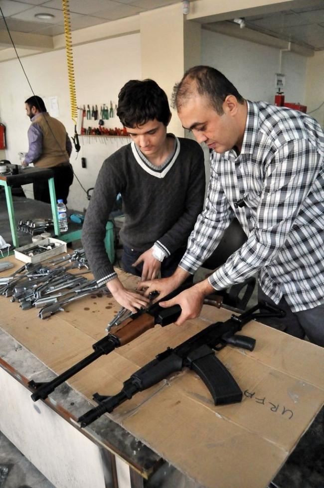 Türkiye'de artık ''kalaşnikof'' yapılıyor
