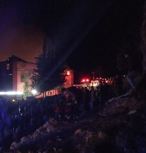 Kız yurdunda facia: 12 kişi hayatını kaybetti