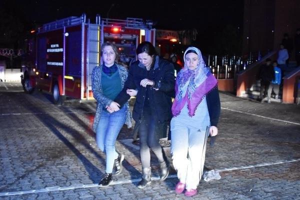Kız öğrenci pansiyonunda yangın !