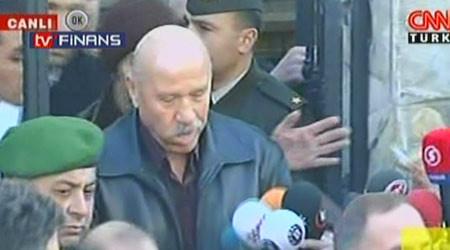 Mustafa Özbek gözaltına alındı