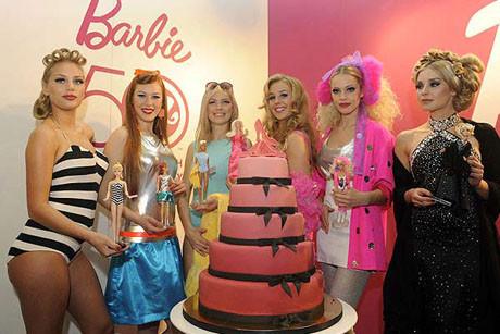 Barbie 50 yaşında