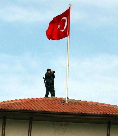 Başbakan Erdoğana etten duvar !