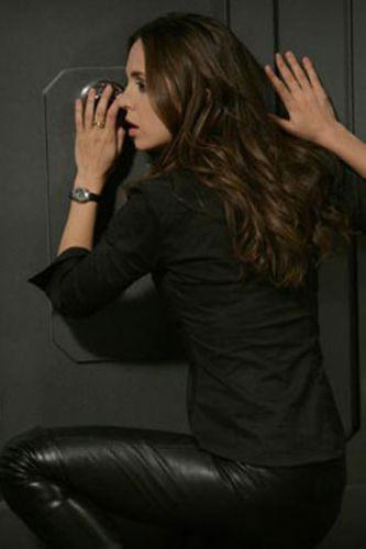 Eliza Dushku, Maxime poz verdi