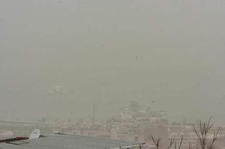 İzmiri toz bulutu kapladı
