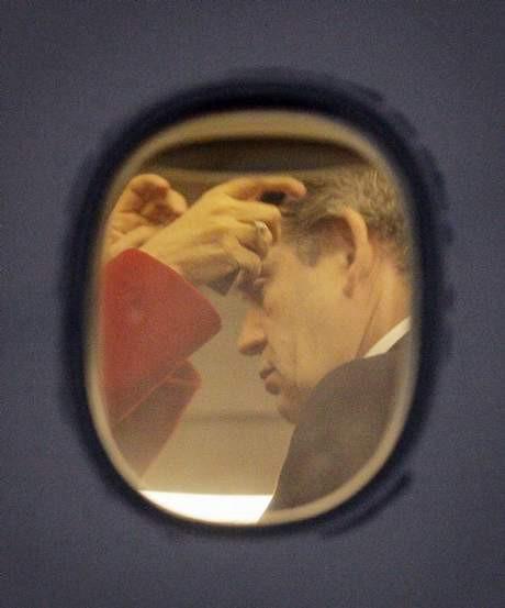 Başbakan makyaj yaptırıyor !