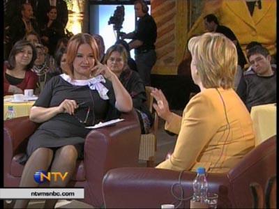 Müjde Ar, Clintonı köşeye sıkıştırdı!