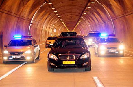 Erdoğan tünel açılışına katıldı