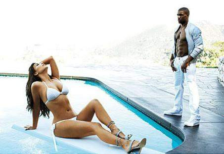 Kim Kardashiandan ateşli pozlar