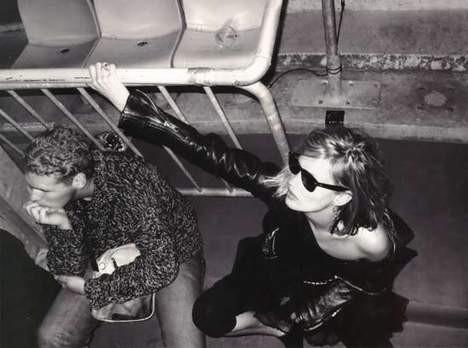 Kate Mosstan kışkırtıcı pozlar