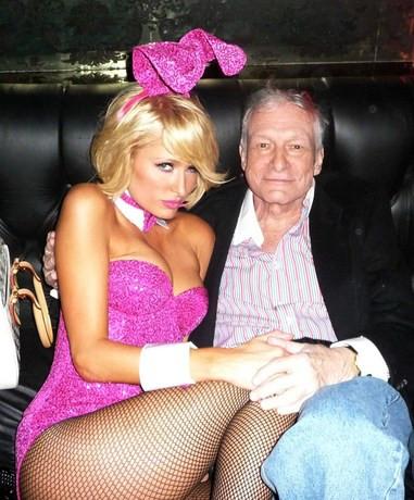 Paris Hilton tavşan kız oldu