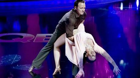 Rasmussen eşi dansçı çıktı