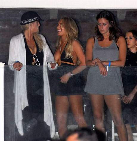 Lindsay Lohan yine dağıttı