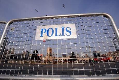 Taksim Meydanı bomboş!