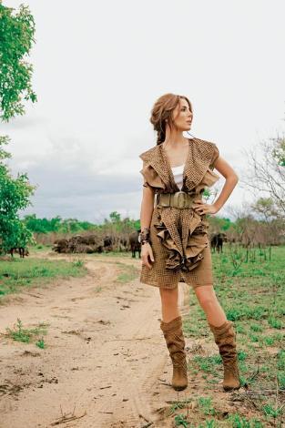 Elsa Pataky Afrika gezisinde