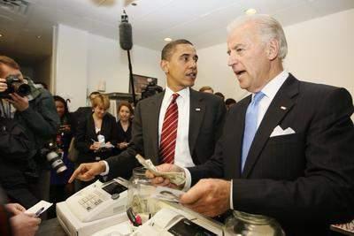 Obamanın canı hamburger çekti