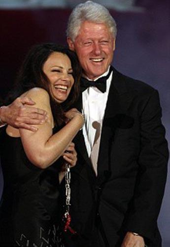 Bill Clinton uslanmıyor