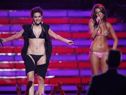 Yarışmada bikini sürprizi