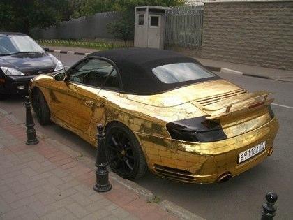 Altın Porsche !