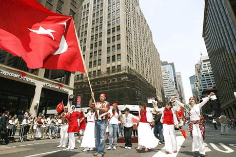 Türkler New York sokaklarında !