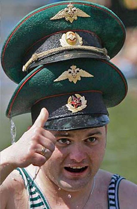 Sınır muhafızları votka içince..