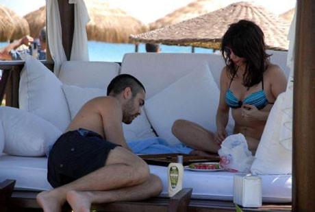 Aşıklar tatilin keyfini çıkardı