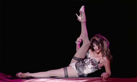 Penelope Cruzdan striptiz şov