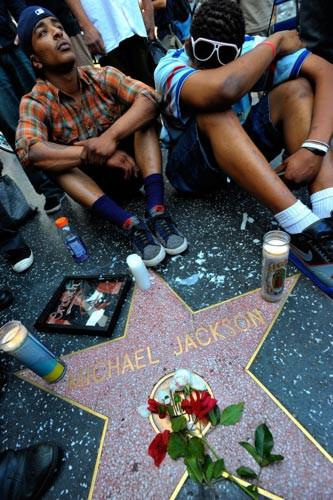Michael Jackson hayranları şokta