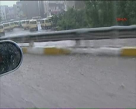 İstanbula dolu sürprizi