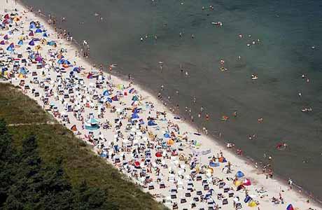 Dünya plajlara akın etti