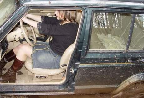 Kadın sürücülerin zor anları